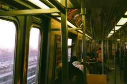 A-Train heading eastbound between the 80th and 88th Street Stations